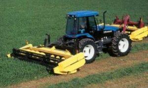 Front-wheel-assist tractor
