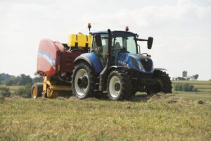 New Holland Rear-Wheel-Drive Tractor